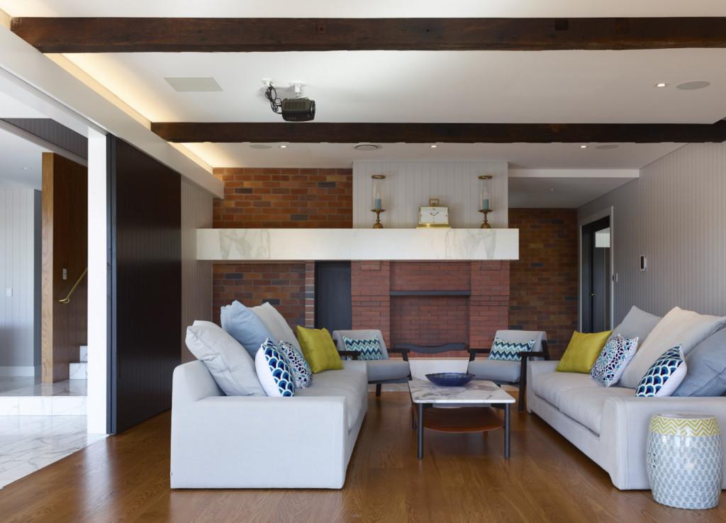Kitchener Road Residence by Shaun Lockyer Architect