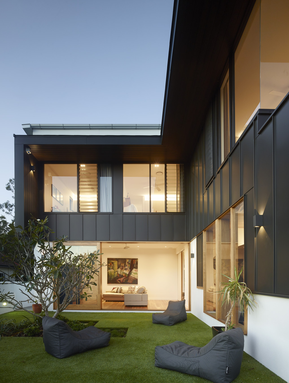 Rosebury Terrace by Shaun Lockyer Architect